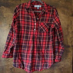 Old Navy plaid maternity shirt